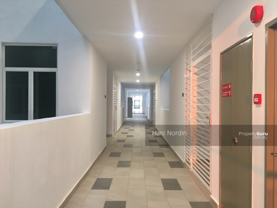 Bangi Gateway Service Apartments End Lot, More Space  142211978