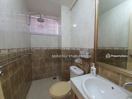 E-Tiara Serviced Apartment  143266572