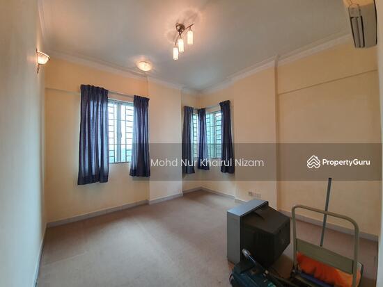 E-Tiara Serviced Apartment  143266585