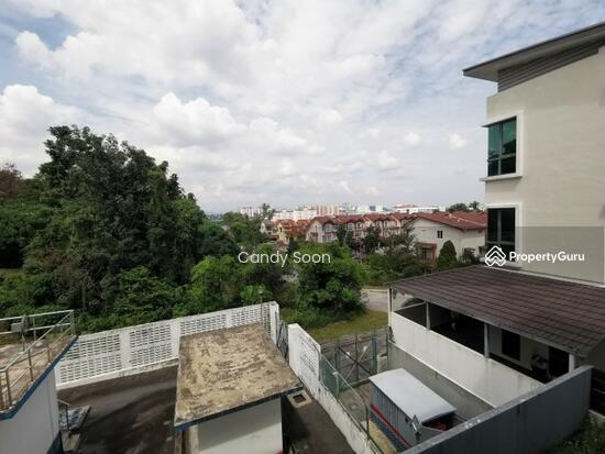 Bukit Serdang  150568359