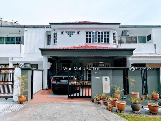Damansara Kim  155143759