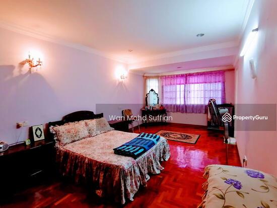 Damansara Kim  155143792