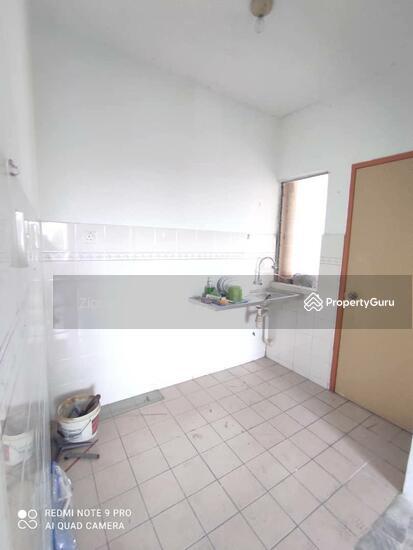 Astana Alam Apartment 1  161256999