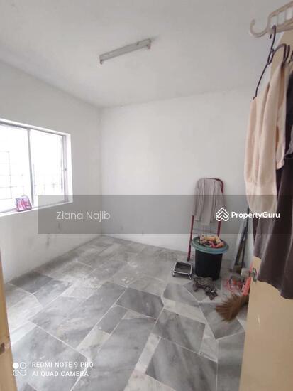 Astana Alam Apartment 1  161257004
