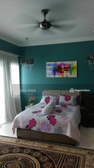 Bandar Puncak Alam  161491556
